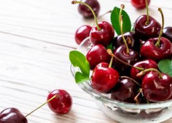 5 أسباب تجعل الكرز جزءًا من نظامك الغذائي الصيفي
