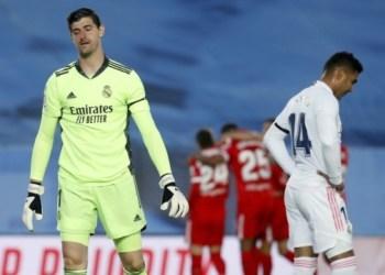 ريال مدريد يتعادل مع اشبيلية ويفقد الصدارة