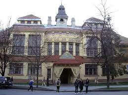 أكاديمية ولاية خاركيف للتصميم والفنون