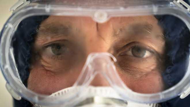 في أوكرانيا تشخيص أكثر من 800 اصابة جديدة لفايروس كورونا في يوم واحد