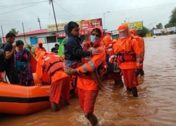ارتفاع عدد ضحايا الفيضانات في الهند