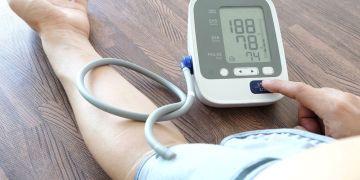 علامتين لارتفا ضغط الدم الحاد لا تتجاهلهما