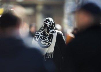 محكمة الاتحاد الأوروبي تحظر لبس الحجاب في ظروف معينة