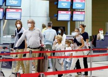 مسافرون يطالبون شركات الطيران بزيادة (وزن الحقائب) خلال رحلات الصيف