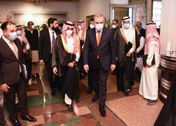 وزير الخارجية السعودي يصل إسلام أباد