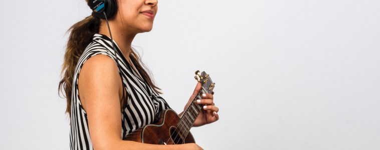 Beginner Uke Lesson Free Strumming Playing Ukulele Magazine Get Off the Page Play by Ear 1