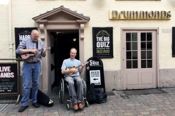 worcester-ukulele-club-england-pub-club-uke-ukulele-magazine