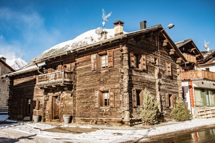 Livigno alte Häuser