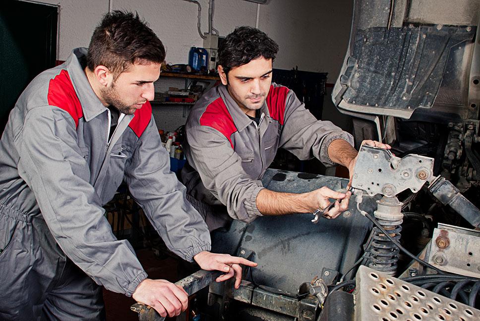 Mechatronikerin  Berufsbild Ausbildung Gehalt und