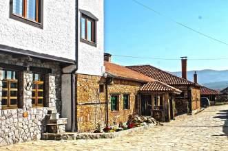 modern-hotel-rustic-restaurant-ethno