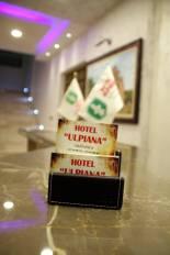 hotel-ULPIANA-reception-deluxe