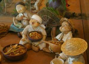 Museum figurines atest to the importance of bibimbap to the Jeonju region.
