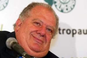 Mustafá não fazia nada quando o Palmeiras ganhava. E não fez nada quando o Palmeiras perdeu