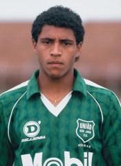 Roberto Carlos nem parecia o Roberto Carlos quando surgiu em Araras