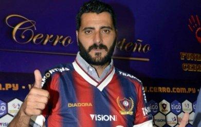 Dani Guiza, famoso no futebol espanhol, está agora no Cerro Porteño