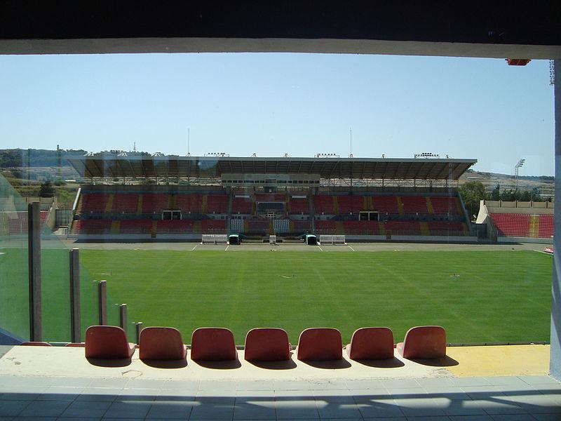 Estádio Nacional de Ta'Qali (Crédito: Wikipedia)