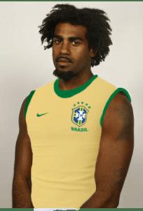 ... E mostra o orgulho das suas raízes brasileiras
