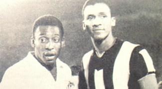 Spencer e Pelé na final da Libertadores de 1962