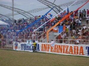 """Duque sentiu falta do Estádio Romário de Souza Faria, o """"Marrentão"""". Que nome!"""