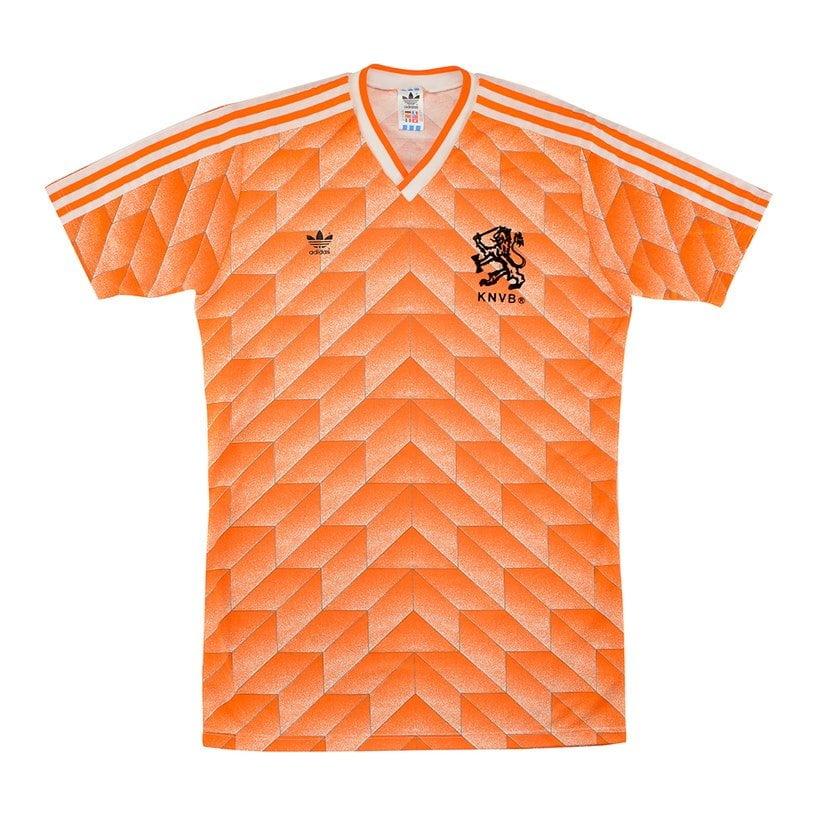 Holanda (camisa titular, de 1988): 599,99 libras (R$ 3932,15)
