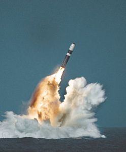 250px-Trident_II_missile_image