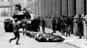 Arresti nelle strade di Santiago