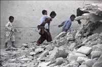 bambini soli terremoto pakistan