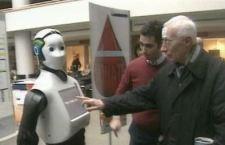 """Un robot """"umano"""" accoglie i pazienti del Policlinico Campus Biomedico di Roma. L'ultima frontiera della robotica di servizio"""