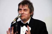 """Morto a Bologna Roberto """"Freak"""" Antoni ex leader degli Skiantos celebre per la storica frase agli spettatori inferociti: """"Questa è avanguardia, pubblico di merda"""""""