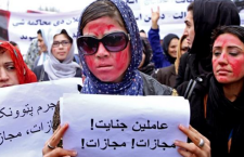 Migliaia in piazza a Kabul per protestare contro l'uccisione di una donna