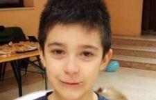 Bambino scomparso da Brescia ritrovato in Spagna con il padre. Continua la sua odissea nella battaglia tra mamma e papà