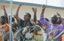 Intercettate a Bologna lettere esplosive dirette a imprese che costruiscono i centri per migranti