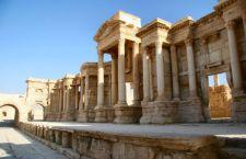Orrore a Palmyra che sta per essere distrutta da Isis: uccisi anche 9 bambini