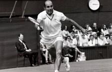 Grande campione di tennis, Bob Hewitt, condannato per violenza sessuale sulle sue allieve