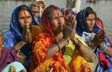India: saliti ad 800 i morti per la calura e colpi di sole