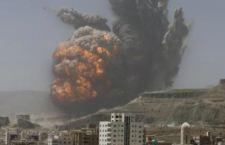 Yemen: i sauditi rispondono al lancio di un missile con un bombardamento di Sana'a. 44 morti