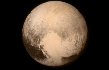 Svelato anche il volto di Plutone. Pieno successo Nasa dopo viaggio di 5 miliardi di km