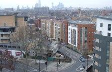 """Londra: nuovi dati confermano la """"deportazione"""" delle famiglie dei poveri fuori città"""