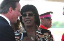 David Cameron va in Giamaica dove gli presentano il conto per la tratta degli schiavi