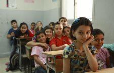 Un segno di solidarietà: il Libano iscrive a scuola 100.000 ragazzi profughi siriani