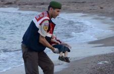 L'Europa si muove dopo che il piccolo Aylan è stato trovato morto su una spiaggia turca