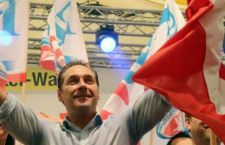 """Austria: nelle elezioni di Vienna, i socialdemocratici restano i primi. Ma che paura fa la destra xenofoba dopo il """"passaggio"""" dei migranti"""