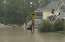 Usa: 15 morti nelle Carolina a casa di violente inondazioni. Casi di sciacallaggio