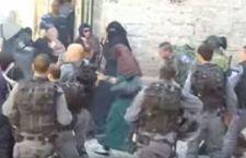 Israele: per rispondere all'intifada araba, chiuse zone di Gerusalemme e rischio coprifuoco