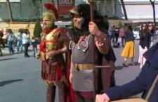 Roma: stop ai finti centurioni, ai risciò e ai venditori ambulanti di biglietti di tour e visite