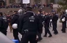 Germania e violenze di Capodanno. Arrestati in 31, ma paga il Capo della Polizia: dimesso
