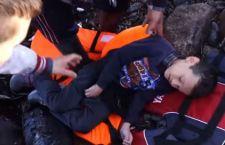 Migranti: 35 annegano tra Turchia e Grecia. Molti i bambini. Salvi solo in 4