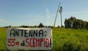 Antenna - finto albero di Via Galli - Roma