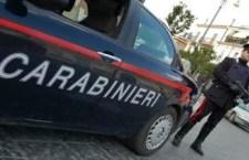 Bimbo di 6 anni chiama i Carabinieri e salva la madre aggredita dal padre