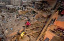 Nairobi: crolla edificio di sette piani. Sette morti mentre si scava ancora